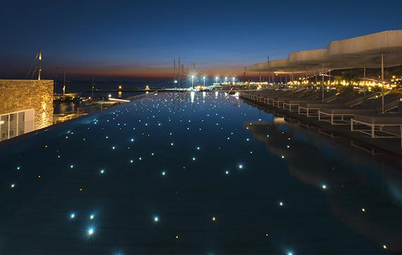 Unterwasserbeleuchtung mit Glasfaser